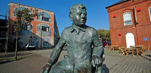 A statue of writer Dylan Thomas takes pride of place on the Marina in Swansea