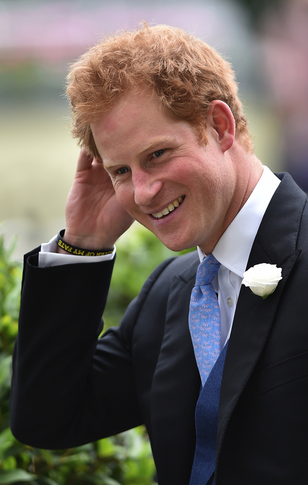 royal sources rubbish rumours  prince harrys  girlfriend