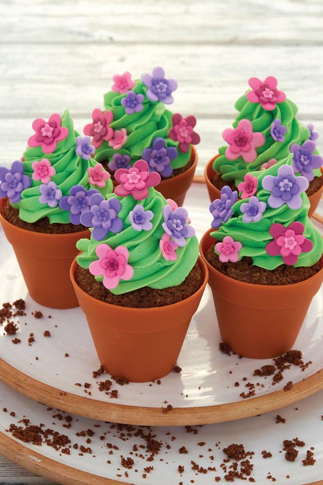 How To Make Cake Flower Pot