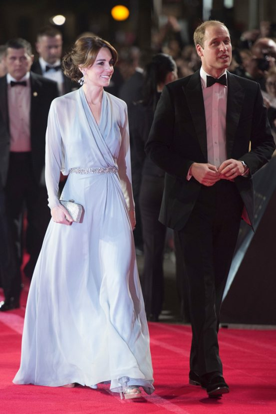 Bond-premiere-Duchess-of-Cambridge-featured-image-1-553x830.jpg