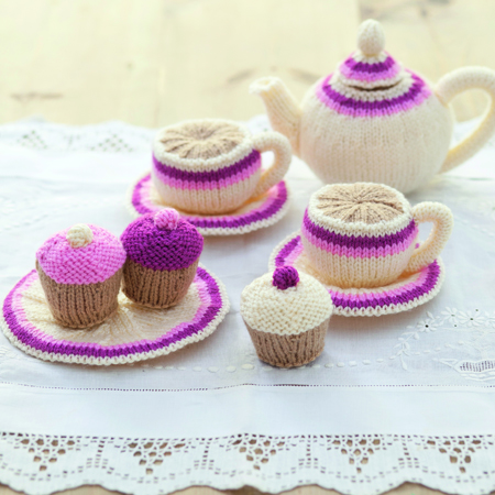 Knitted Tea Set Perfect For Tea Parties