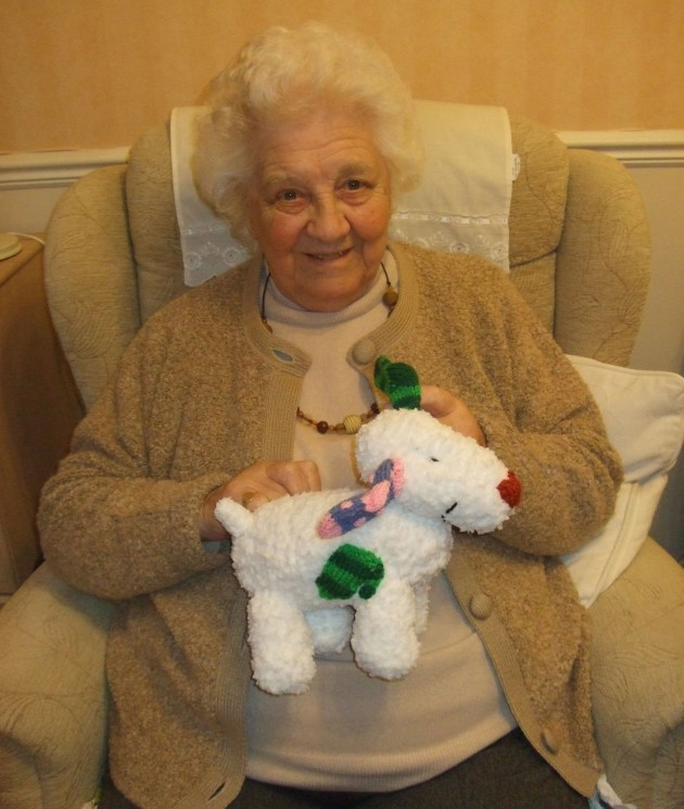 Your Knitted Snowdogs Plus Get The Knitting Pattern