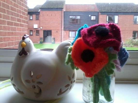 knitted-poppy-your-makes-womans-weekly-570x427.jpg
