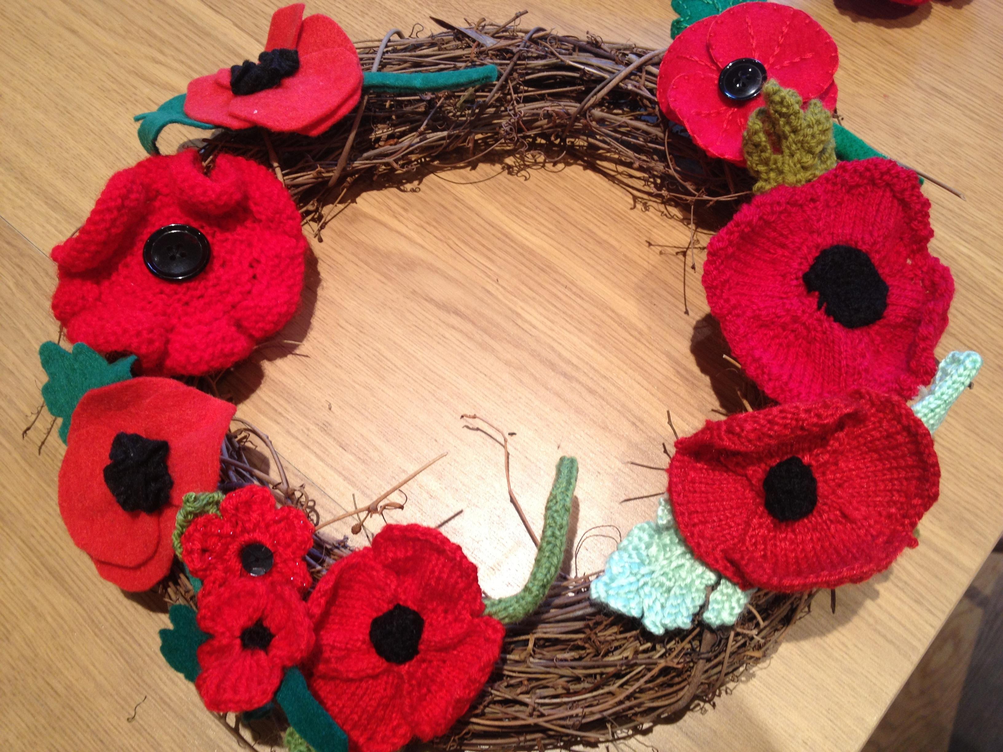 How to make a knitted or crochet poppy wreath womans weekly poppy wreath mightylinksfo
