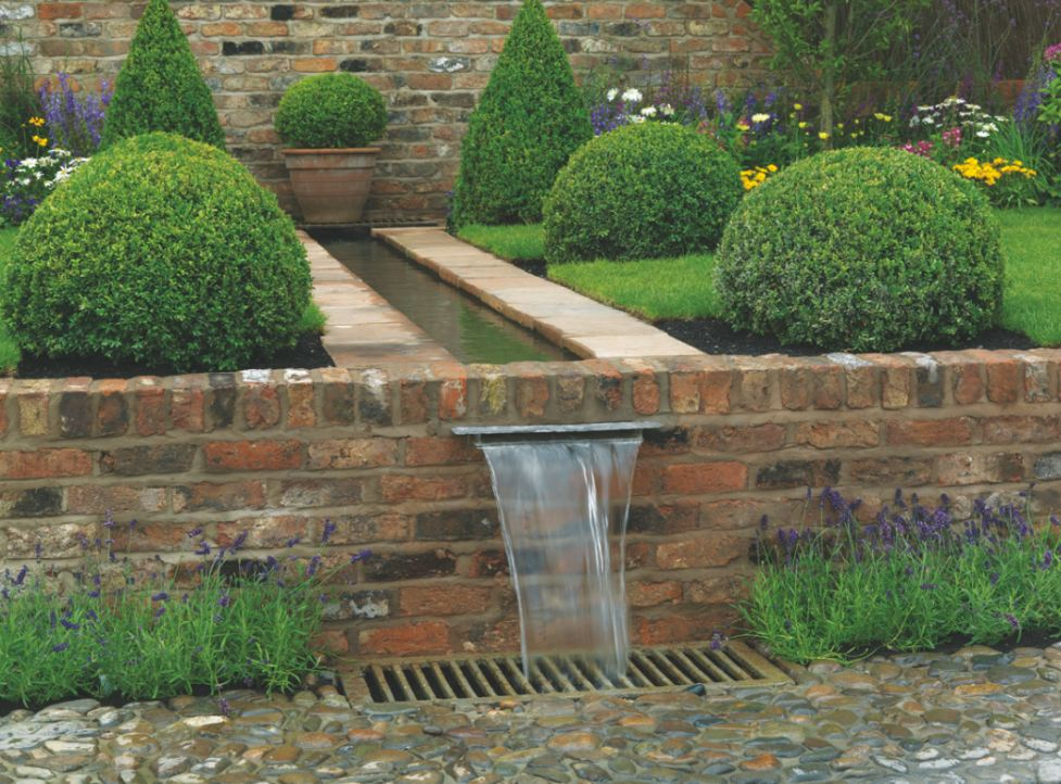 Formal Courtyard Garden Water Features