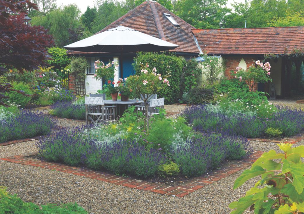 Which plants to use as edging in a parterre garden...