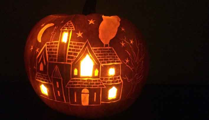 How To Make A Pumpkin Carving Haunted House