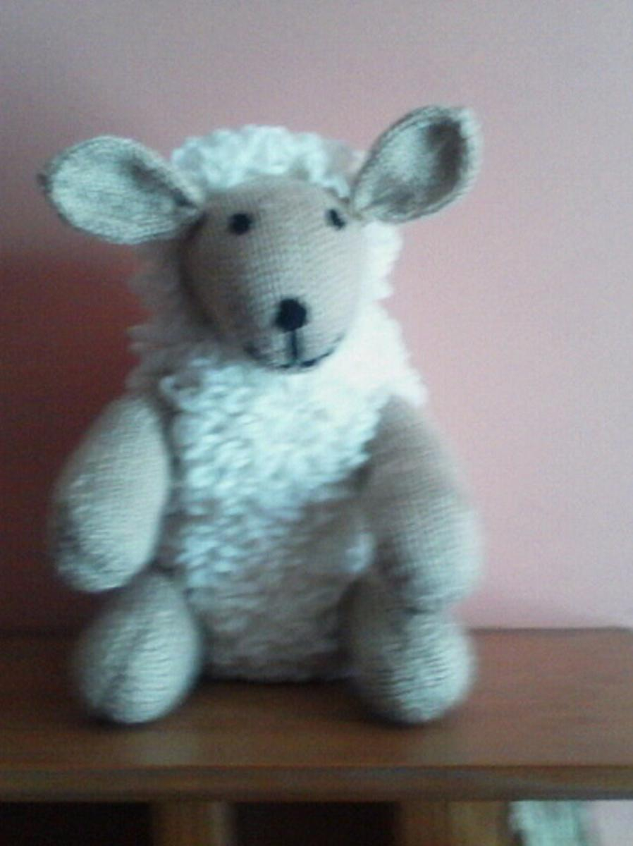 Make a sweet sheep toy with our knitting pattern