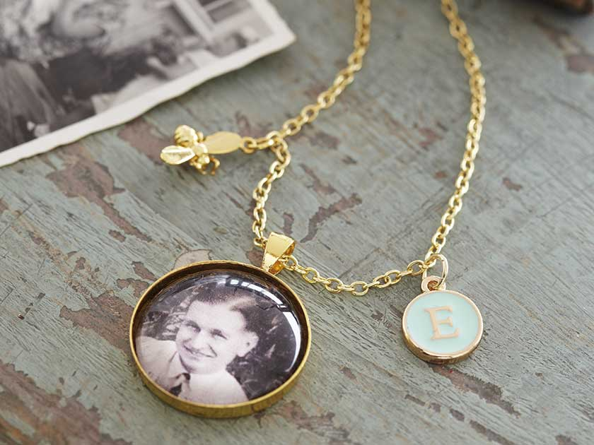 How to make a personalised necklace aloadofball Choice Image
