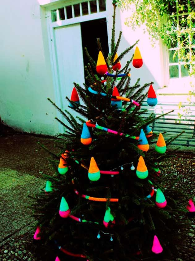 kirsties homemade christmas winning crochet tree decorations
