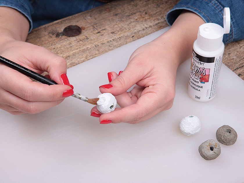 How to make papier mache jewellery from an egg box for Finishing paper mache