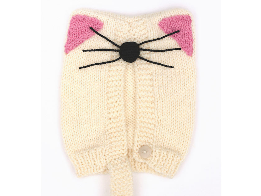 Make a cosy kids\' cat hat with our cute knitting pattern