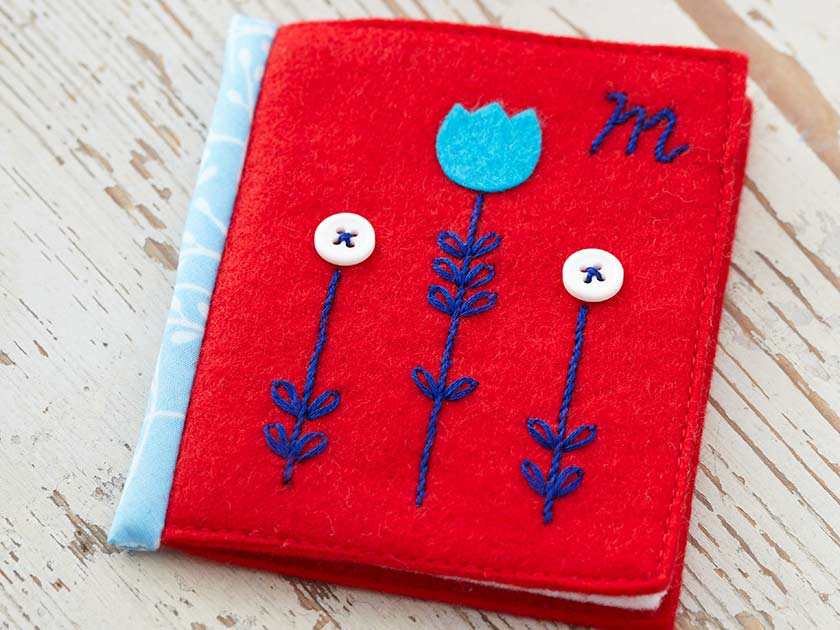 Make A Felt Needle Case For Your Sewing Essentials