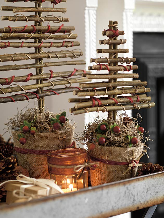 christmas tree made with twigs - Chic Christmas Decorations