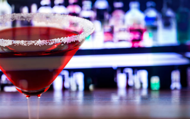 The Best Low Calorie Drinks You Can Order Tonight