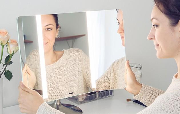 دیدن خود درآینه