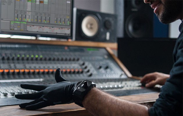 Remidi T8 Glove