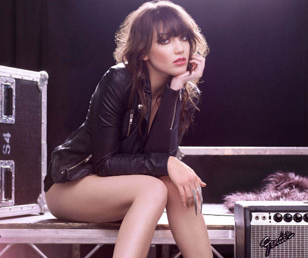 Tyra Banks Professor: Behind-The-Scenes Video: Daisy Lowe For Braun