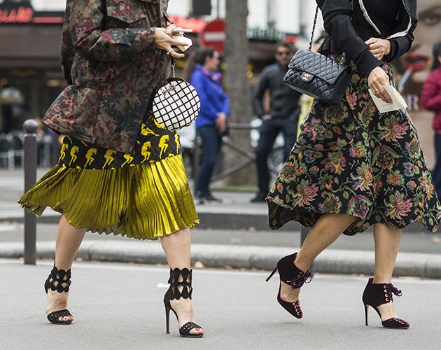 Mandatory Credit: Photo by Julien Boudet/BFA/REX/Shutterstock (6063273ag) Street Style  Street Style, Spring Summer 2017, Paris Fashion Week, France - 01 Oct 2016