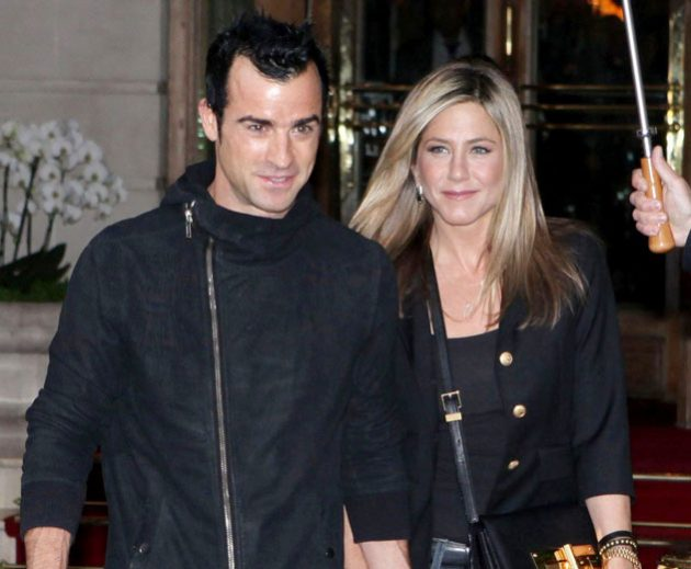 Jennifer Aniston has said yes to marrying her boyfriend Justin Theroux