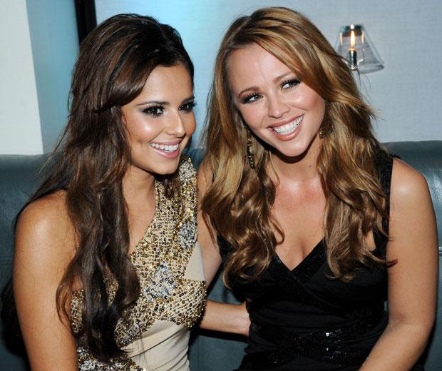Kimberley Walsh is cringing at Cheryl Cole's 'juicy ass' tweets