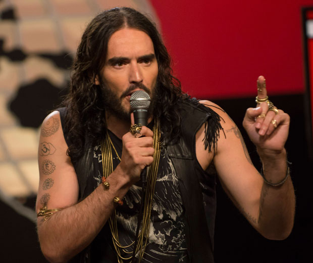 Russell Brand has defended Geri at a stand-up gig