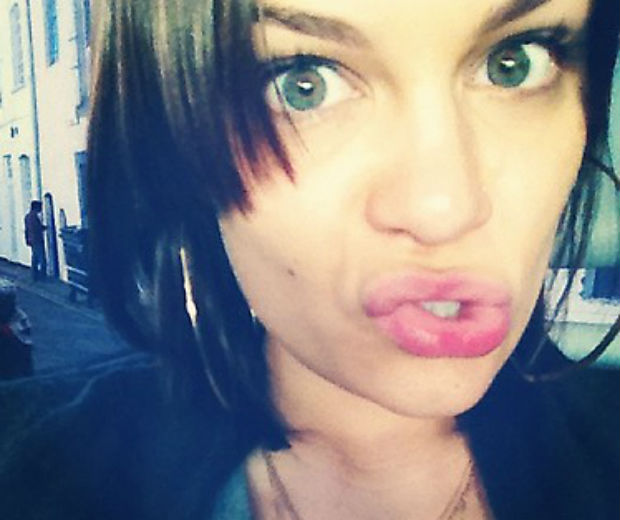 Jessie J will shave her head for Red Nose Day!
