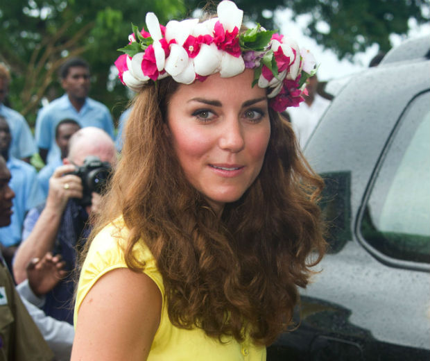 Kate Middleton sported a floral crown presented to her