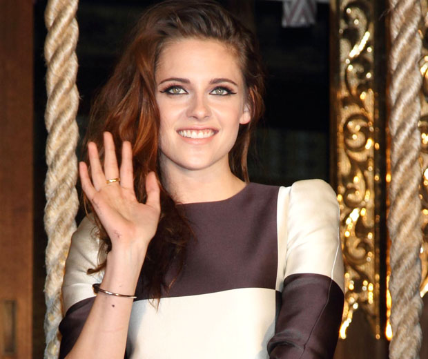 Kristen Stewart has discussed love and making mistakes in an interview with a Mexican magazine