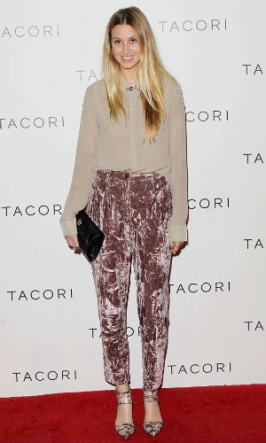 We love Whitney Port's super-chic style!