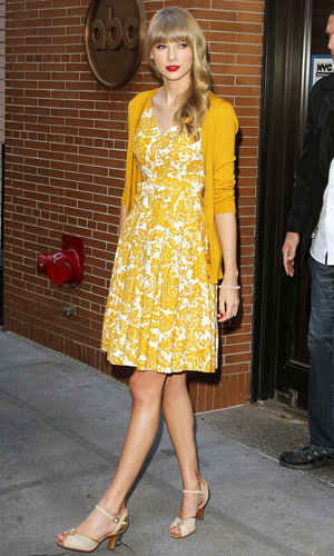 Taylor Swift in a yellow dress out in new york, 2012