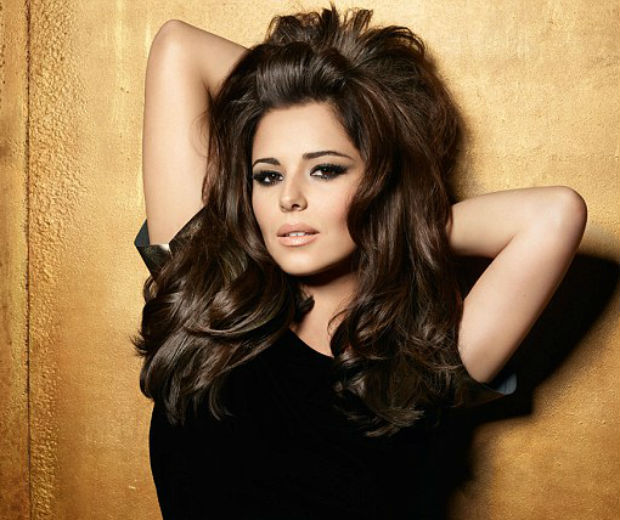 Cheryl Cole shows off a 'do we want!