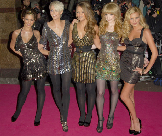 Girls Aloud pose up a storm on the red carpet