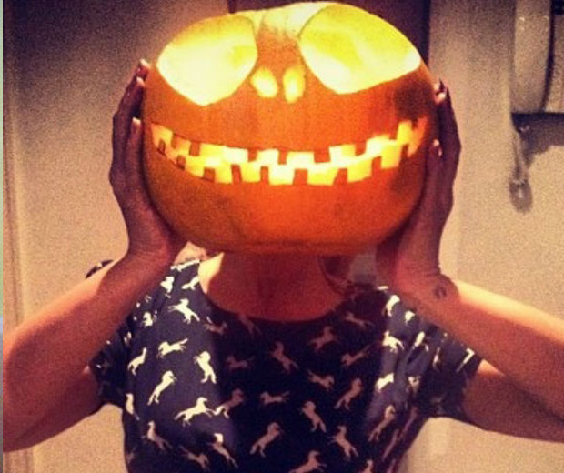 Leona Lewis' costume was good for photos, not great for parties...