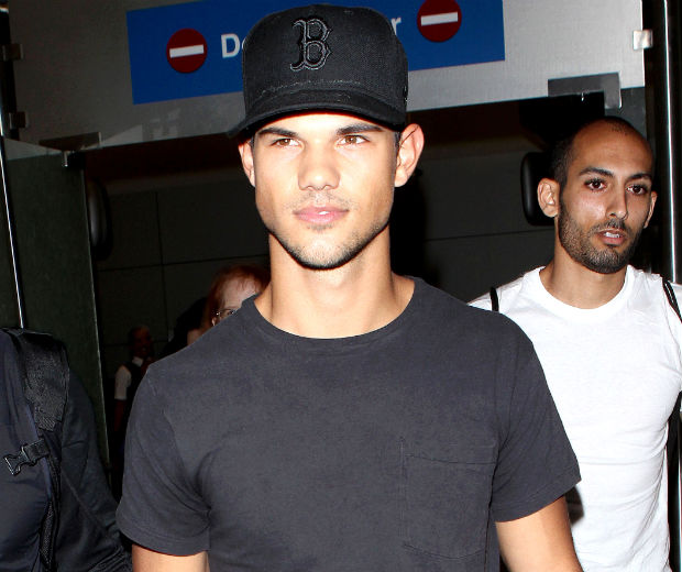 Taylor Lautner has carefully avoided questions about Kristen Stewart's affair
