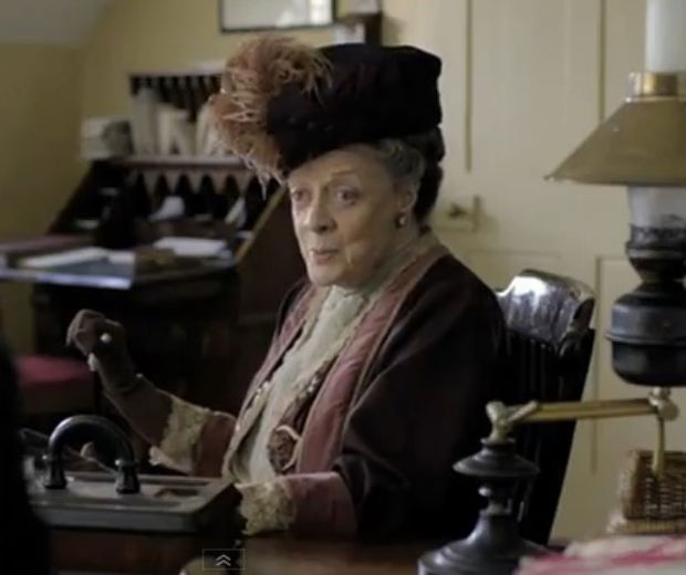 The mahe-up sees the Downton Abbey cast say the lyrics to What Makes You Beautiful