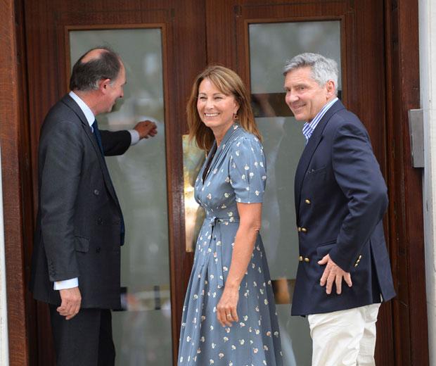 Kate Middleton's Mum & Dad Visit Royal Baby In Hospital