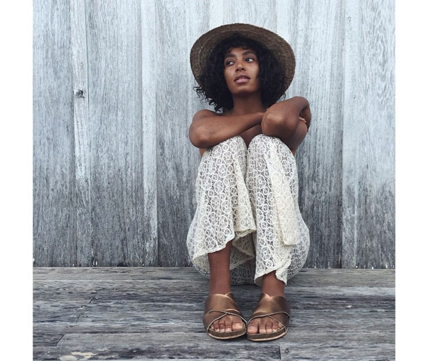 solange knows how to rock a hat!