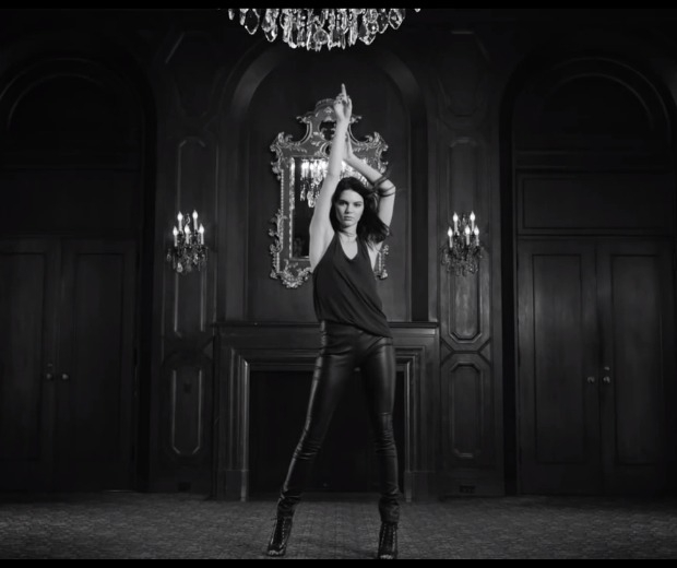 Kendall Jenner looks smokin in the new ad