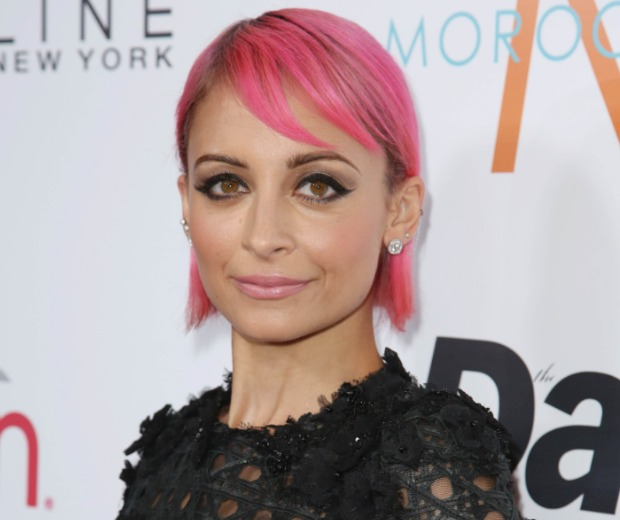 Nicole Richie Goes Bold With A Pink Hair Makeover Look