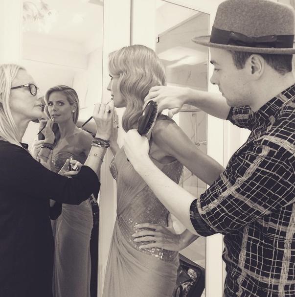 Heidi Klum getting ready for the Golden Globes 2015