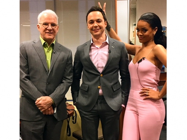 Rihanna hanging out backstage at Good Morning America with Jim Parsons