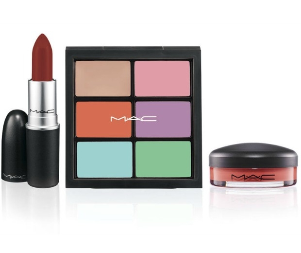 Craft ombre lips with this clever MAC palette