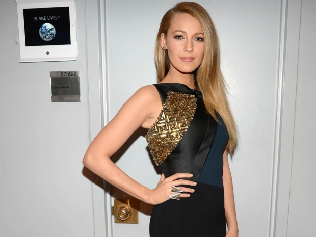 Blake Lively wearing a bodycon dress on The Tonight Show Starring Jimmy Fallon