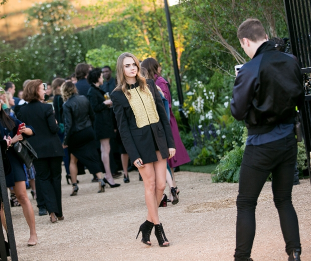 cara delevingne in black and gold dress at burberry london in la show