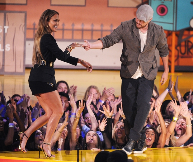 J Lo and channing tatum at mtv movie awards 2015