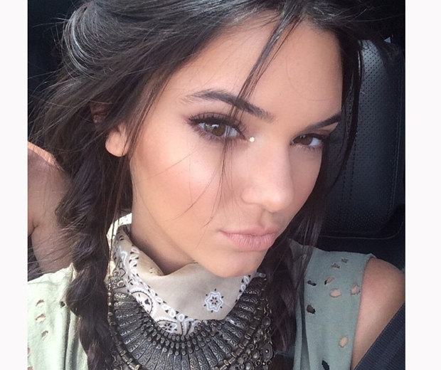 kendall jenner plaits and eye gems at coachella 2014