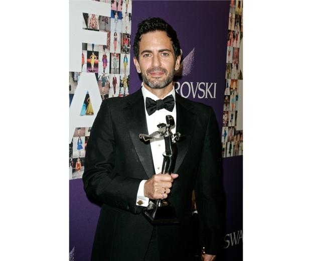Marc Jacobs winning an award.
