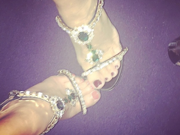 Pixie Lott and Elizabeth Hurley's matching shoes