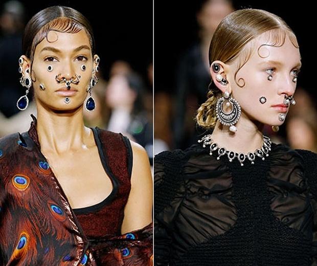Givenchy models sporting septum piercings on the AW15 catwalk